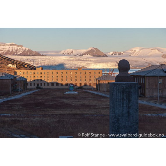 Spitsbergen – Svalbard. The complete guidebook