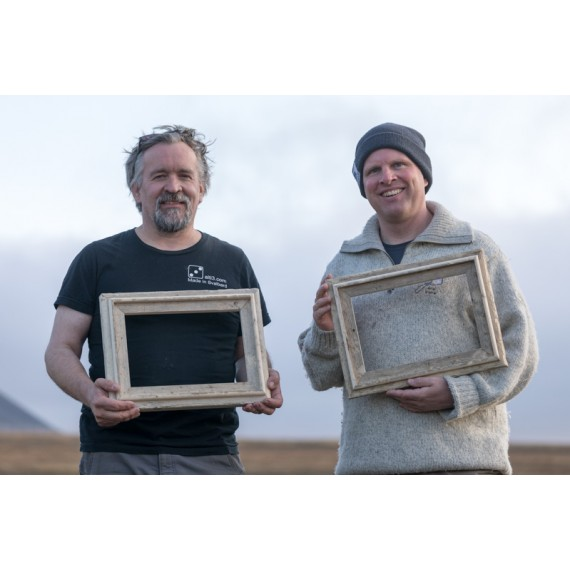 Spitsbergen driftwood picture frame 2019